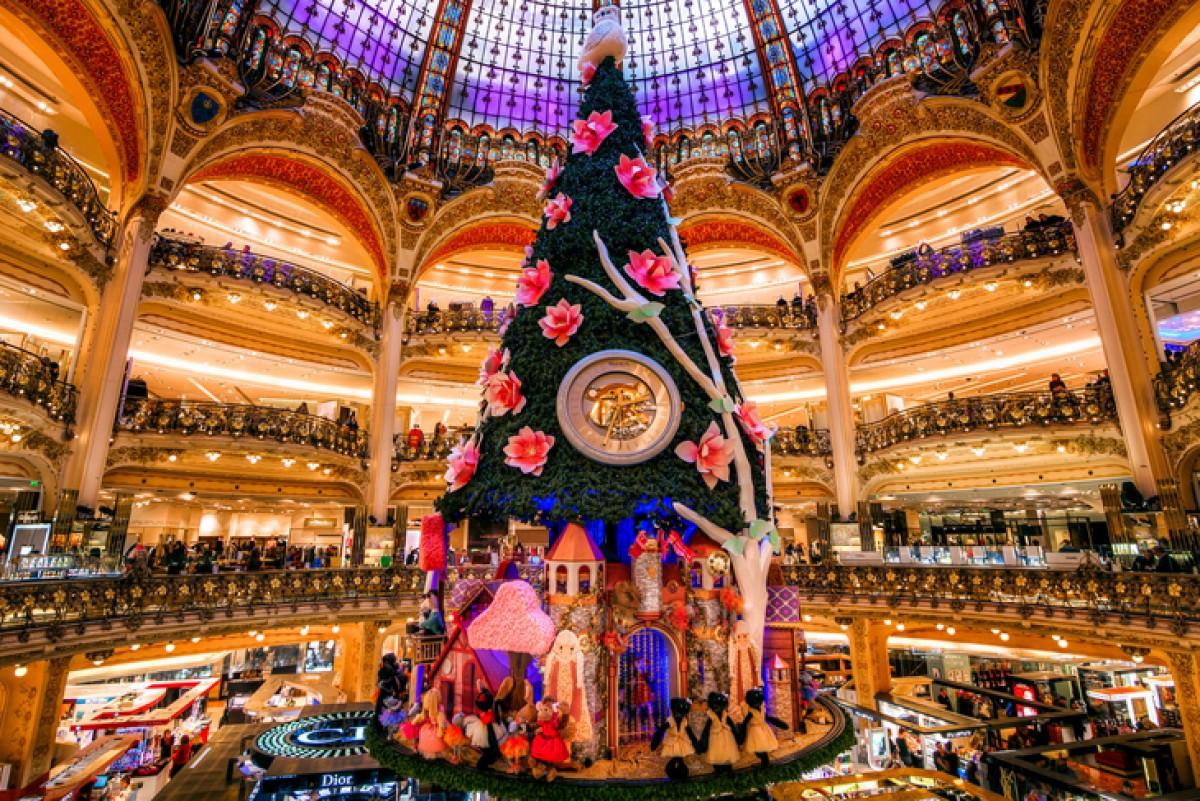 ba1ed6c5a44c Самые необычные и красивые новогодние елки мира