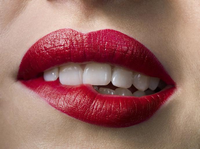Самая сексуальная форма губ ЗДРАВОМ